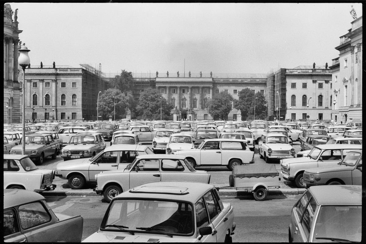 Nr11-04_Bebelplatz-17.05.1988
