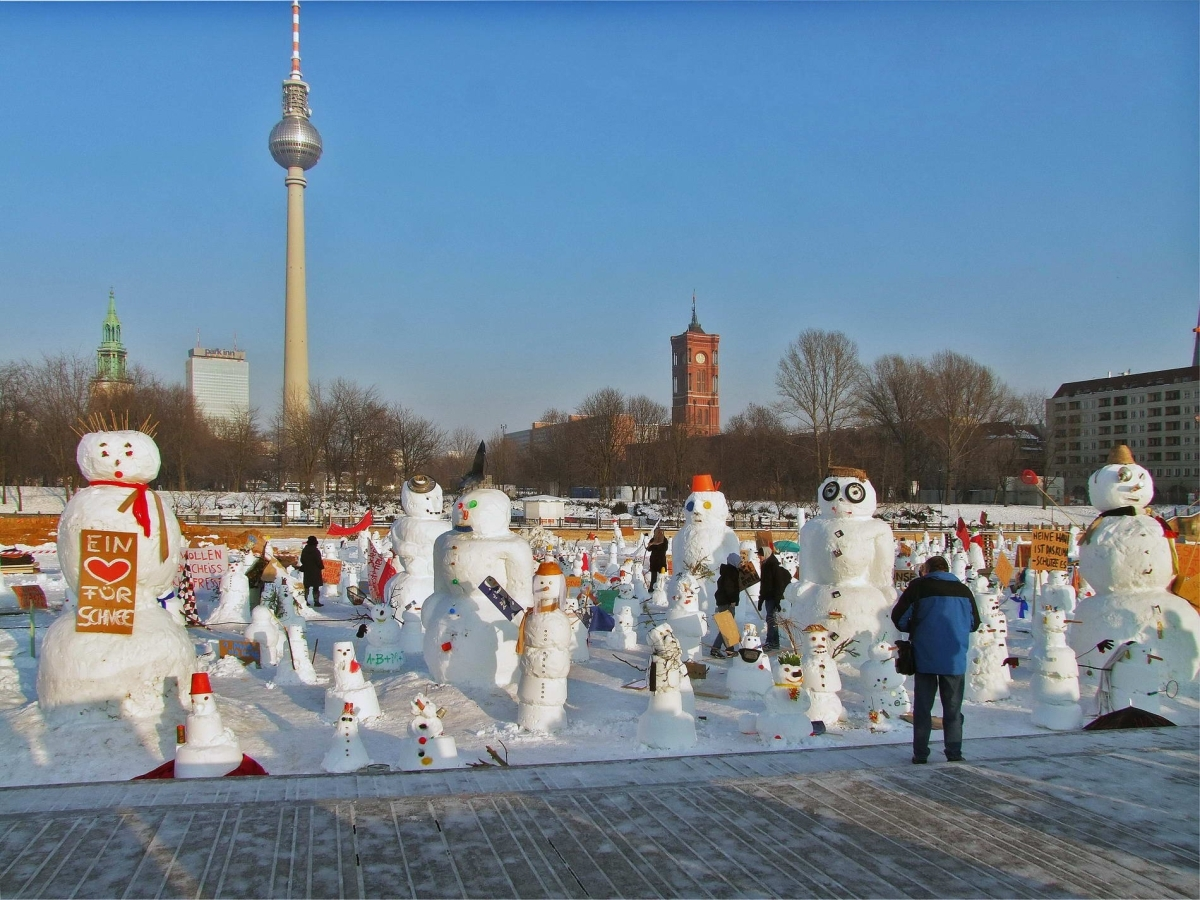 Nr.01c_37_Berlin-Schneemänner 2.1.2010