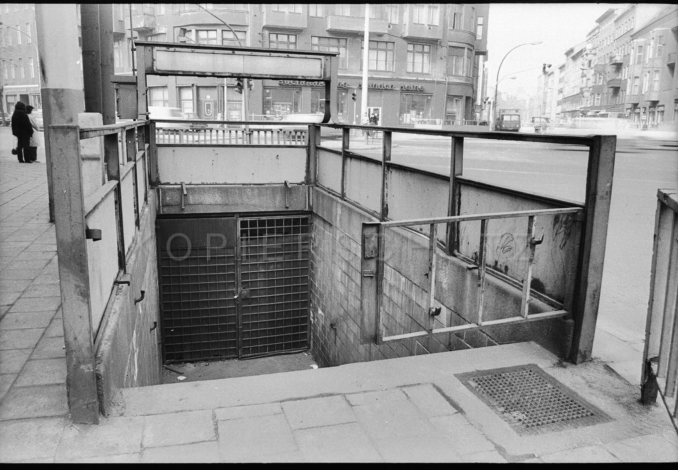 Nr01-103_Rosenthaler-Platz-April1985