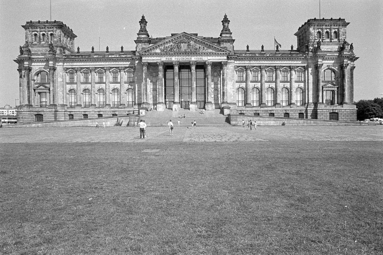 Nr01-145-Reichstag-1.8.1990-