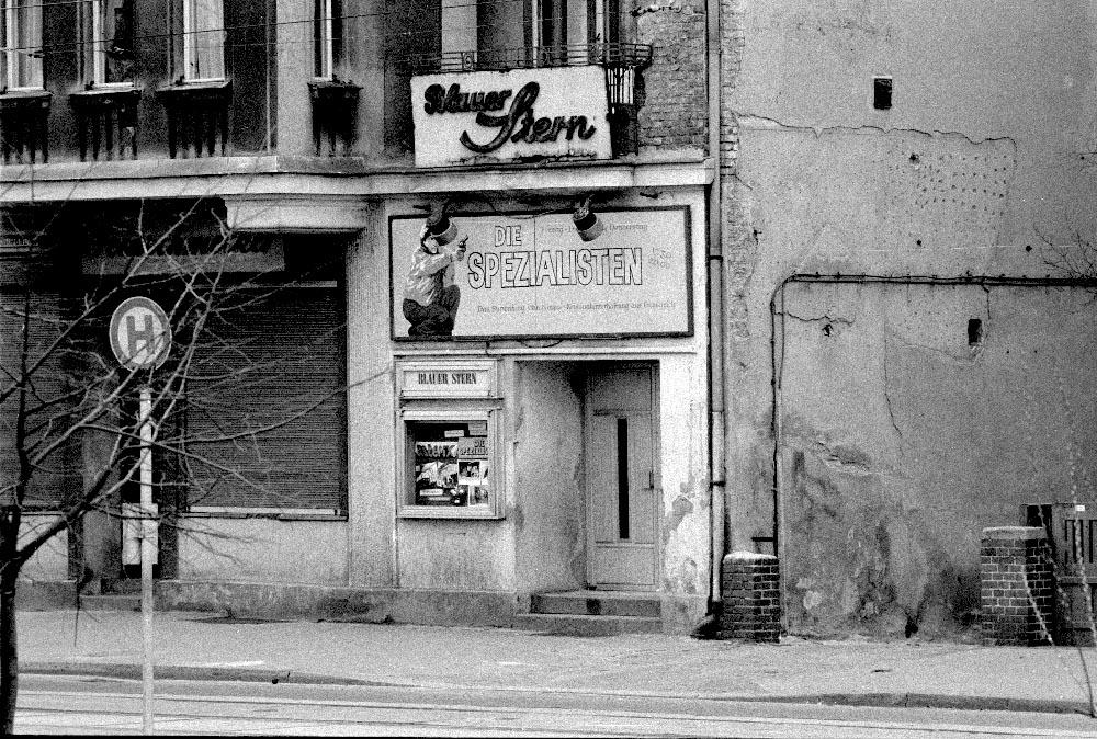Nr01-151-Kino-Blauer-Stern-in-Pankow-21.12.86-