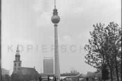 Nr01-007_an-der-Spree-16.1.-1980