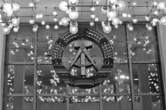 Nr01-076_Palast-der-Republik-Foyer-1987
