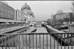 Nr01-083_Palast-der-Republik-11.1.1997