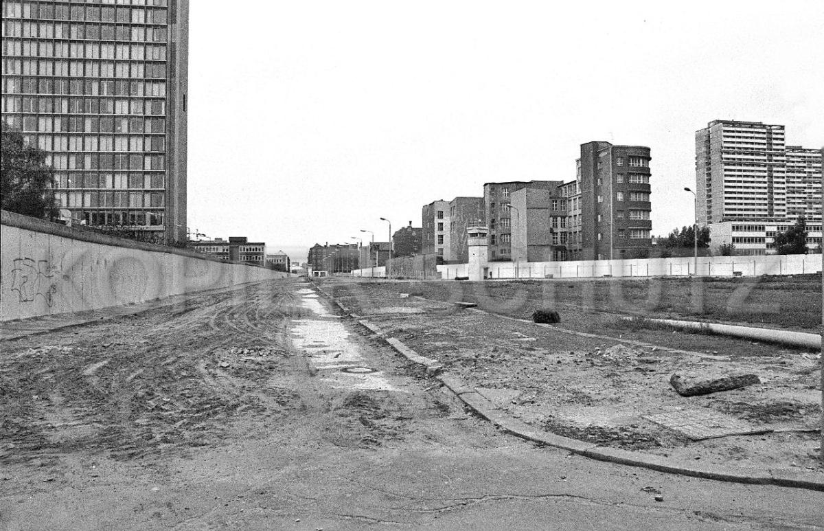 Nr03-105_29.4.1990-Zimmerstraße-Lindenstraße