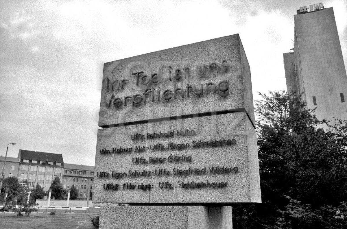 Nr03-117_2.7.1990-Reinhold-Huhnstr.-Lindenstr-