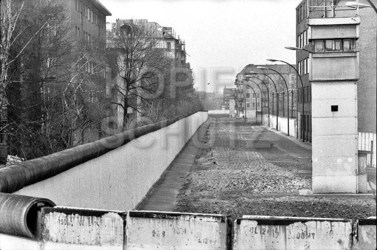 Nr03-65_15.3.1990-Harzerstr-Treptow-