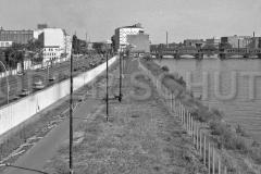 Nr03-146_27.8.11990-Mühlenstr.-Oberbaumbrücke-