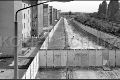 Nr03-151_29.8.1990-Hofseite-Brehmestrasse-