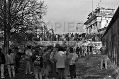 Nr03-16_10.11.1989-Brandenburger-Tor-Westseite