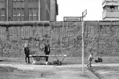 Nr03-77_30.3.1990-Zimmerstr.-Ecke-Charlottenstr-