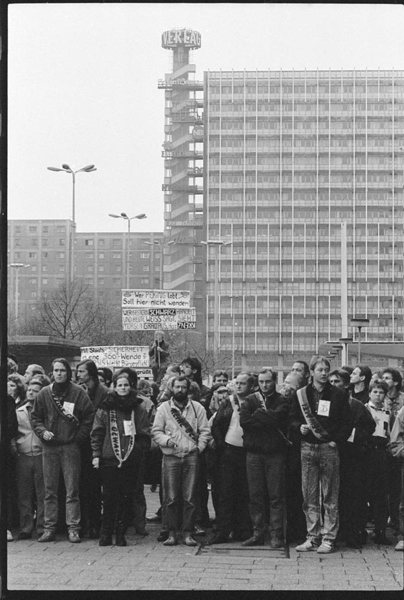 Nr07-003_Alexander Platz_04.11.1989