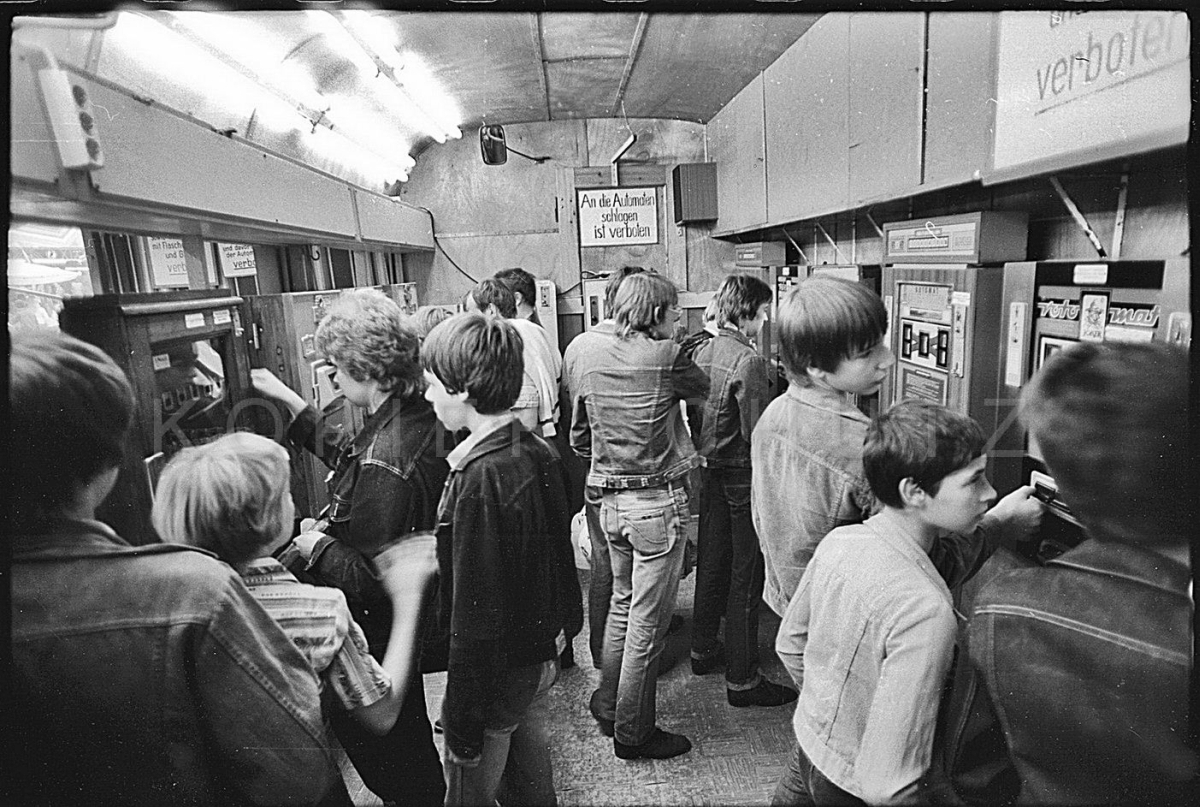 Nr06-050_Spielautomaten-Wagen-Erfurt-1982