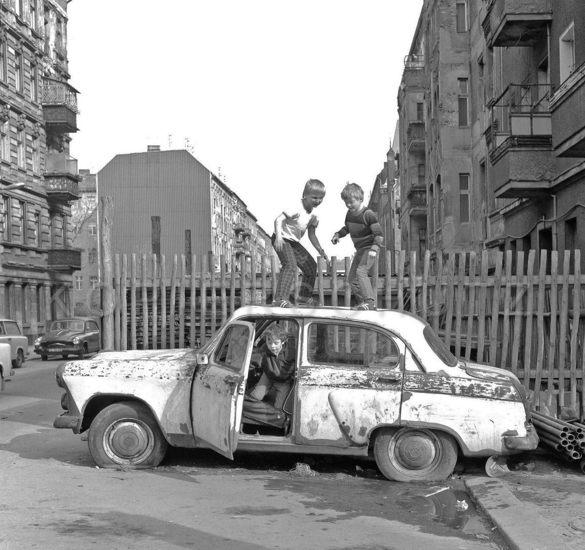 Nr06-069_Prenzlauer-Berg-1985
