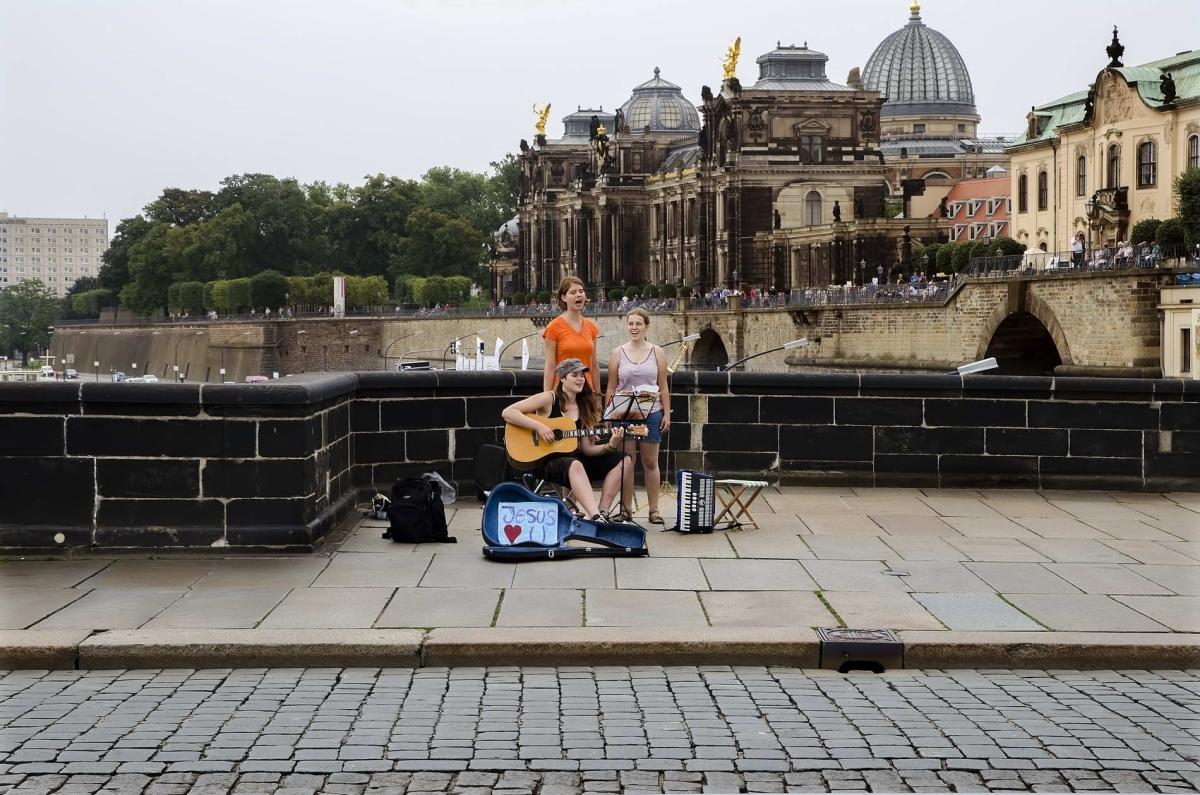 Nr.02c_153_Juli2014_Dresden