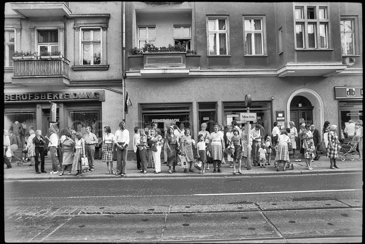 Nr04-068_Pankow-Kirche-1982