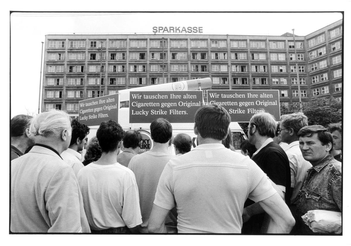 Nr04-091_Alexanderplatz-1990-