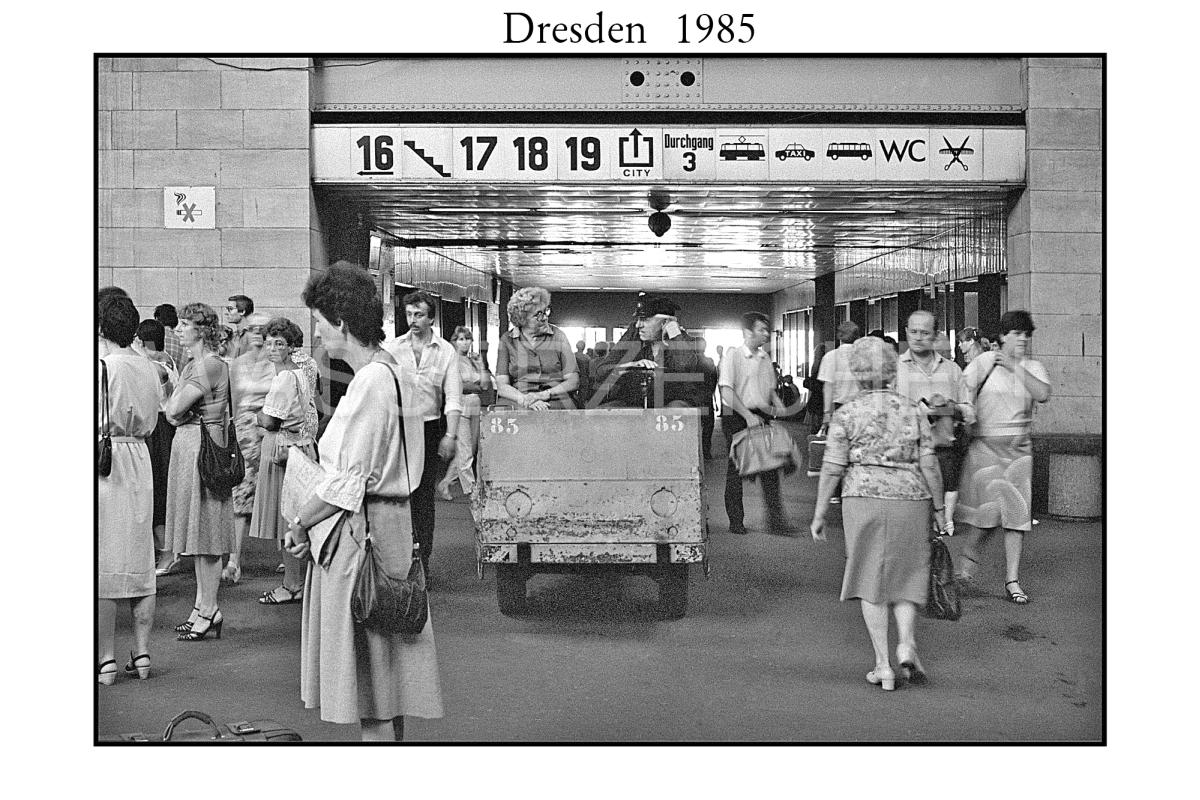 Nr04-100-Dresden-Neustadt.-1985