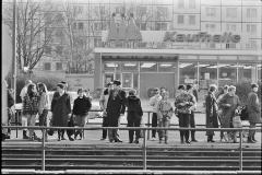 Nr04-057_Leninallee-11.2.1987