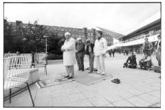 Nr04-089_Am-Fernsehturm-1980