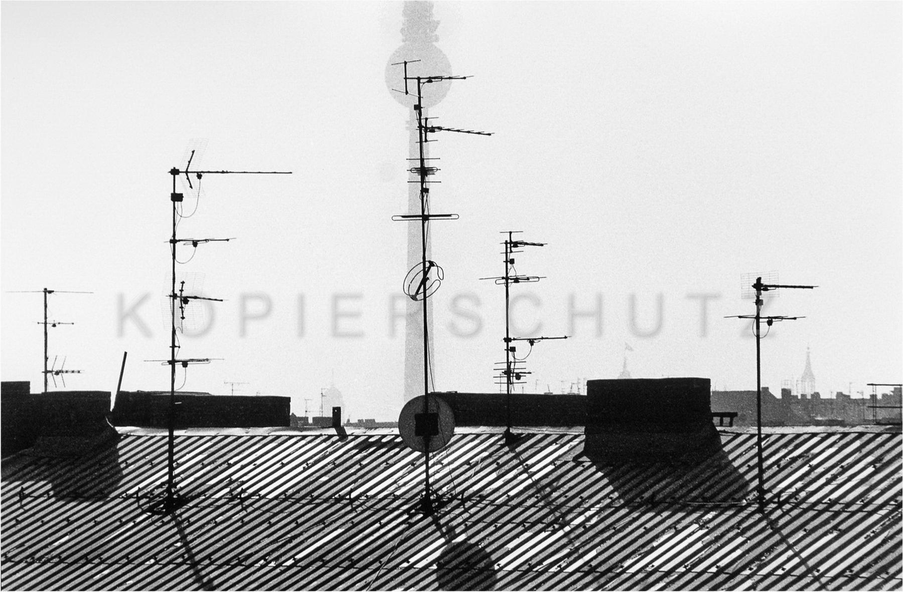 Nr02-060_Prenzlauer-Berg-1990