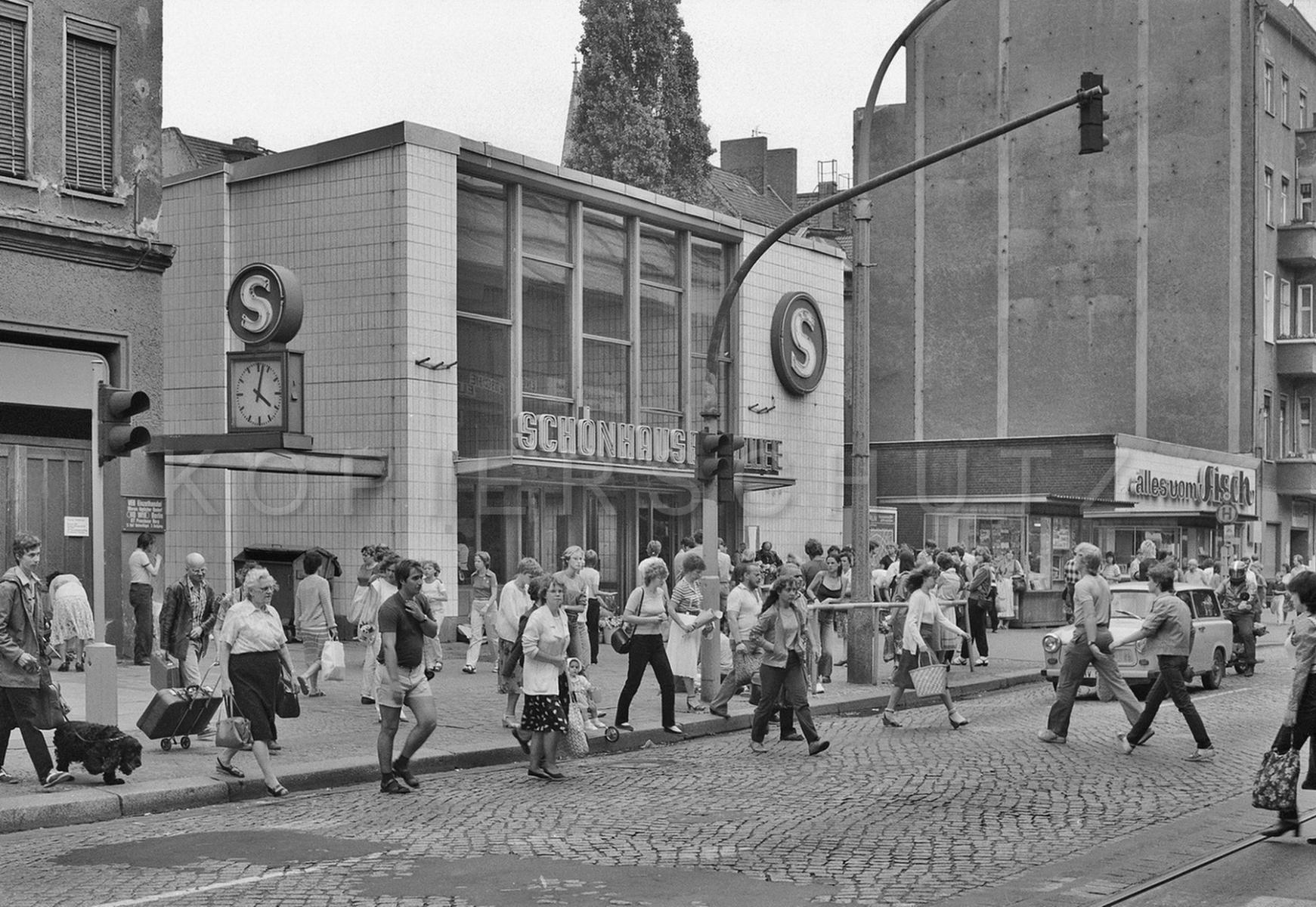 Nr02-070_Schönhauser-Allee-8.-8.1984