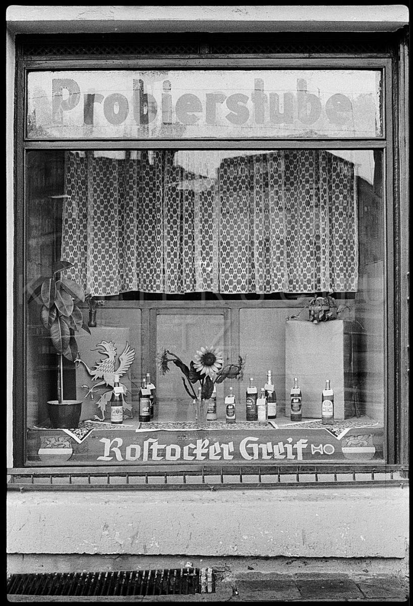 Nr10-033_Rostock-4.5.1988