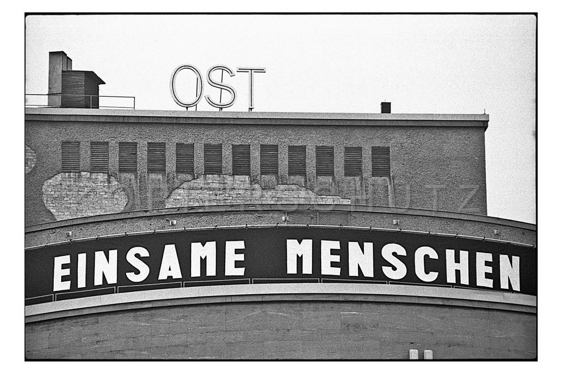 Nr13-070_Volksbühne-1996